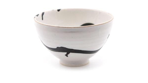 Teeschale - Shirokuro - Weiß mit schwarzen Verzierungen